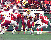 Washington Redskins wide receiver James Thrash (87) blocks for running back / kick returner Brian Mitchell (30) during the game against the Arizona Cardinals at Jack Kent Cooke Stadium in Raljon, Maryland on November 22, 1998.  The Cardinals won the game 45 - 42.<br /> Credit: Arnie Sachs / CNP
