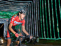 COLOMBIA. 16-08-2014. Un ciclista durante la contrarreloj individual nocturna de 17.5 Km en la penúltima etapa de la Vuelta a Colombia 2014 en bicicleta que se cumple entre el 6 y el 17 de agosto de 2014. / A cyclist during the night individual time trial of 17.5 Km in the penultimate stage of the Tour of Colombia 2014 in bike holds between 6 and 17 of August 2014. Photo:  VizzorImage/ José Miguel Palencia / Str
