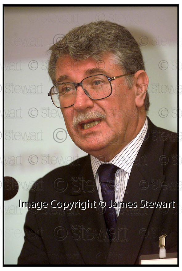 13th Sept 99      Copyright Pic : James Stewart .Ref : 990343                          .File Name : stewart03-road to rail                        .LORD MACDONALD AT THE ANNOUNCEMENT OF THE ROAD TO RAIL GRANT AWARDED TO TDG IN GRANGEMOUTH......Payments to :-.James Stewart Photo Agency, Stewart House, Stewart Road, Falkirk. FK2 7AS      Vat Reg No. 607 6932 25.Office : 01324 630007        Mobile : 0421 416997.E-mail : JSpics@aol.com.If you require further information then contact Jim Stewart on any of the numbers above.........