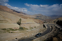 Scenery on 1st June 2009 of the Himalayan valleys of Ulley and Ladakh, Jammu & Kashmir, India.  Photo by Suzanne Lee