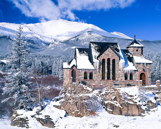 St. Catherine of Sienna Chapel backed by Mt. Meeker along the Peak to Peak Scenic and Historic Byway between Estes Park and Allenspark, Colorado, in the Rocky Mountains, USA