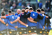 Matt Garvey of Bath Rugby speaks to his team-mates in a pre-match huddle. Aviva Premiership match, between Bath Rugby and Harlequins on November 25, 2017 at the Recreation Ground in Bath, England. Photo by: Patrick Khachfe / Onside Images