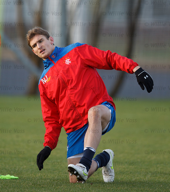 Nikica Jelavic puts his left leg in