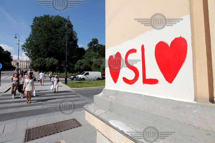 Following the terrorist attacks in Oslo and on the island of Utøya July 22, 2011, messages of love for Oslo appeared on walls throughout the city.. (Foto:Fredrik Naumann/Felix Features)