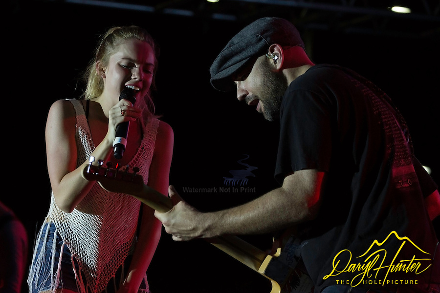 Danielle Bradbery performing for the troops in Guam