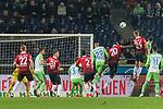 28.01.2018, HDI Arena, Hannover, GER, 1.FBL, Hannover 96 vs VfL Wolfsburg<br /> <br /> im Bild<br /> Niclas F&uuml;llkrug / Fuellkrug (Hannover 96 #24) mit Kopfball / Torchance, <br /> <br /> Foto &copy; nordphoto / Ewert