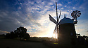 2016_10_11_HEAGE_WINDMILL_DAWN