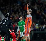 AMSTELVEEN - Mirco Pruyser (Ned) heeften stand op 1-0 gebracht , links keeper Dave Harte (IRE)    tijdens de hockeyinterland Nederland-Ierland (7-1) , naar aanloop van het WK hockey in India.  COPYRIGHT KOEN SUYK
