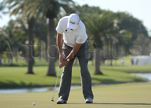 06.03.2016. Doral, Florida, USA.    Phil Mickelson from the united States on the 9th green during the final round of the World Golf Championships-Cadillac Championships - Final Round at Trump National Doral in Doral, FL