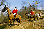 FOX HUNTING, MEMBERS OF THE VALE OF WHITE HORSE HUNT,