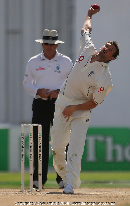 Steve Harmison bowls during day four of the National Bank Test Match Series 1st test between the New Zealand Black Caps and England at Seddon Park, Hamilton, New Zealand on Saturday, 8 March 2008. Photo: Dave Lintott / lintottphoto.co.nz