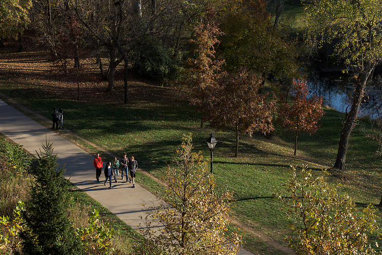A group of students walks through Emeriti Park on November 12, 2016.