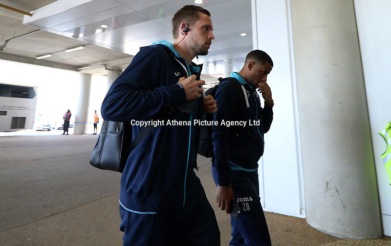 Saturday April 08 2017 <br /> Pictured: Luciano Narsingh of Swansea City <br /> Re: Premier League match between West Ham United and Swansea City at The London Stadium on April 8, 2017 in London, England.