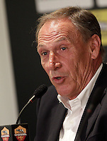 Calcio: il nuovo allenatore della Roma Zdenek Zeman durante la conferenza stampa in occasione della sua presentazione al centro sportivo di Trigoria, Roma, 5 giugno 2012..Italy Football: AS Roma's new coach Zdenek Zeman, of Czech Republic, attends a press conference for his official presentation at at the club's sporting center in Rome, 5 june 2012..UPDATE IMAGES PRESS/Riccardo De Luca
