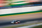 #18: Noah Gragson, Kyle Busch Motorsports, Toyota Tundra Safelite AutoGlass