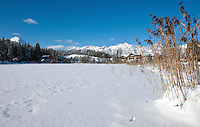 Austria, Tyrol, international Wintersport Resort Seefeld: frozen Wild Lake and Wetterstein mountains