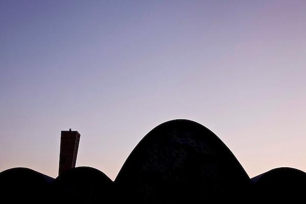 Belo Horizonte_MG, Brasil..Igreja Sao Francisco de Assis.. Essa igreja faz parte do conjunto arquitetonico da Pampulha...Sao Francisco of Assis church. This church is part of Pampulha architectural complex...Fotos: BRUNO MAGALHAES / NITRO
