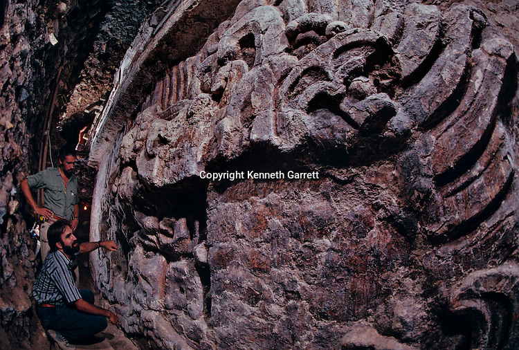 Copan; Honduras; Maya, Rosalilla temple, facade, Bill Fash, Ricardo Agurcia, Temple 16
