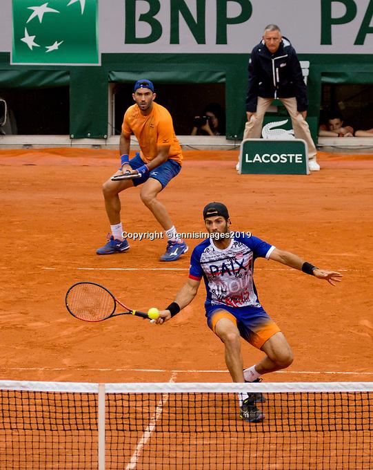 Paris, France, 3 june, 2019, Tennis, French Open, Roland Garros, Mens doubles: Jean Julien Rojer (NED) (R) and Horia Tacau (ROU)<br /> Photo: Henk Koster/tennisimages.com