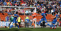 Blackpool's Jordan Thompson scores the opening goal <br /> <br /> Photographer Stephen White/CameraSport<br /> <br /> The EFL Sky Bet League One - Blackpool v Rochdale - Saturday 6th October 2018 - Bloomfield Road - Blackpool<br /> <br /> World Copyright &copy; 2018 CameraSport. All rights reserved. 43 Linden Ave. Countesthorpe. Leicester. England. LE8 5PG - Tel: +44 (0) 116 277 4147 - admin@camerasport.com - www.camerasport.com