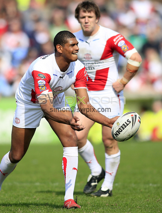 Pix: Chris Mangnall/SWpix.com, Rugby League, Super League. 13/04/09 St Helens Saints v Hull FC....picture copyright>>Simon Wilkinson>>07811267 706>>....St Helens's (6) Leon Pryce