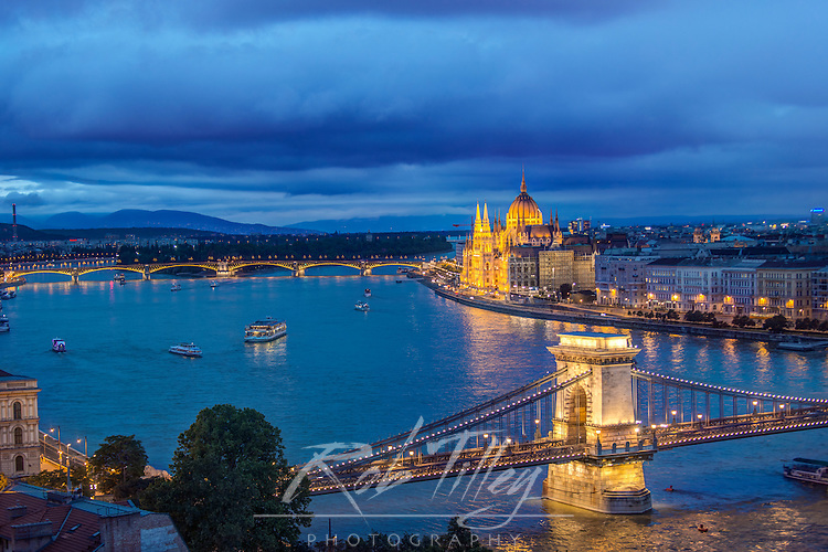 Europe, Hungary, Budapest, Twilight Danube