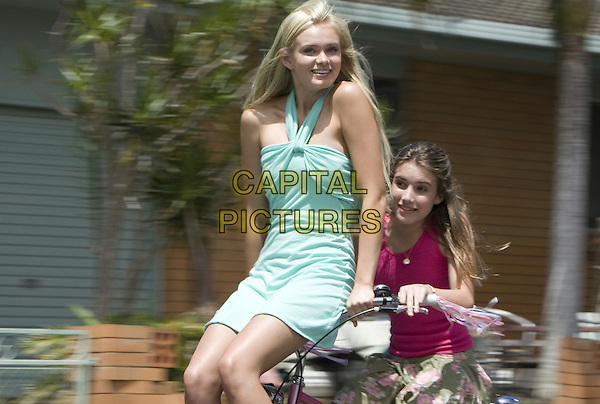 SARA PAXTON & EMMA ROBERTS.in Aquamarine.*Editorial Use Only*.www.capitalpictures.com.sales@capitalpictures.com.Supplied by Capital Pictures.