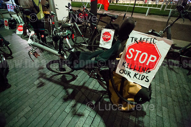 London, 07/11/2016. Today, &quot;Stop Killing Cyclists&quot; (SKC) held a vigil and a die-in outside City Hall to remember 21-year-old Italian prince Filippo Corsini, who died as a result of a crash with a truck while riding his bicycle in Knightsbridge on the 31st October 2016. He is the 8th cyclist killed in London since the beginning of 2016. From the organisers Facebook event page: &lt;&lt;[&hellip;] Within a one week period, two people have been killed as a result of HGVs being driven on the streets of London. Both of these people were on a bike. They join the list of people killed who were crossing the road / walking along the pavement because HGVs are being driven on London's roads. [&hellip;] Amongst other things, we are calling on Mayor Sadiq Khan to expedite the proposed star rating for HGVs. To start bringing them in from 2020 is nowhere soon enough, and especially not to start at the 1 star rating. Therefore we will be holding a protest outside of City Hall to bring our call to the doorstep of the Mayor's office. These vehicles have blind spots, the have poor visibility cabs. They are not fit for purpose [&hellip;]&gt;&gt;.<br /> <br /> For more information please click here: https://www.facebook.com/events/689801577842081/<br /> <br /> For more information about the story: the Evening Standard 05.11.2016 - http://bit.ly/2fjXUYR