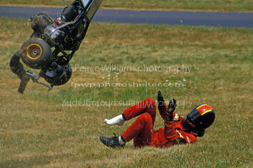 This is not going to end well. A krater suffers a crash during the 1985 WKA Nationals.