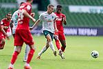 Niklas Moisander (Werder Bremen #18 Kapitaen), Kingsley Schindler (FC Koeln #11)<br /> <br /> <br /> Sport: nphgm001: Fussball: 1. Bundesliga: Saison 19/20: 34. Spieltag: SV Werder Bremen vs 1.FC Koeln  27.06.2020<br /> <br /> Foto: gumzmedia/nordphoto/POOL <br /> <br /> DFL regulations prohibit any use of photographs as image sequences and/or quasi-video.<br /> EDITORIAL USE ONLY<br /> National and international News-Agencies OUT.