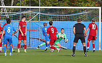 20191023 - Genk: Liverpool's keeper Jakub Ojrzynski is pictured doing a save after the free kick of Genk's Elias Sierra (8) during the UEFA Youth League group stages match between KRC Genk Youth and Liverpool FC on October 23, 2019 at KRC Genk Stadium Arena B, Genk, Belgium. PHOTO:  SPORTPIX.BE   SEVIL OKTEM