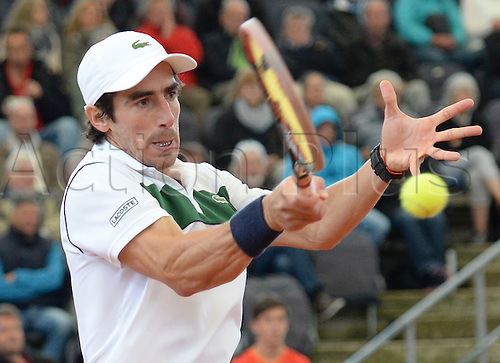 29.07.2015. Hamburg, Germany.  Pablo Cuevas from Uruguay playing in the ATP tennis tournament in the first round against Diego Schwartzman from Argentinia, 29 July 2015.