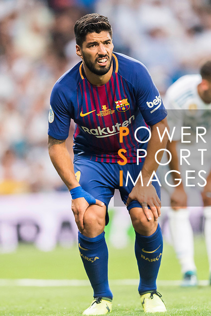 Luis Suarez of FC Barcelona looks on during their Supercopa de Espana Final 2nd Leg match between Real Madrid and FC Barcelona at the Estadio Santiago Bernabeu on 16 August 2017 in Madrid, Spain. Photo by Diego Gonzalez Souto / Power Sport Images