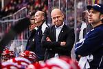 S&ouml;dert&auml;lje 2014-01-06 Ishockey Hockeyallsvenskan S&ouml;dert&auml;lje SK - Malm&ouml; Redhawks :  <br />  S&ouml;dert&auml;ljes tr&auml;nare Andreas Johansson ser bekymrad ut<br /> (Foto: Kenta J&ouml;nsson) Nyckelord:  fundersam fundera t&auml;nka analysera portr&auml;tt portrait depp besviken besvikelse sorg ledsen deppig nedst&auml;md uppgiven sad disappointment disappointed dejected