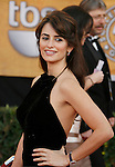 LOS ANGELES, CA. - January 25: Actress Penelope Cruz arrives at the 15th Annual Screen Actors Guild Awards held at the Shrine Auditorium on January 25, 2009 in Los Angeles, California.