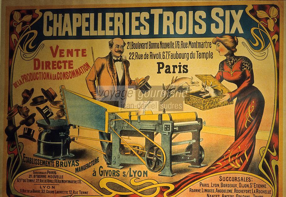 Europe/France/Rhône-Alpes/42/Loire/Massif du Forez : Chazelles-sur-Lyon: Atelier-Musée du chapeau, détail vieille affiche