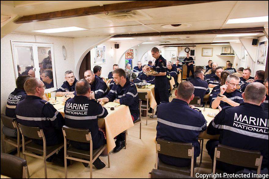 2009 / Officier marinier sup&eacute;rieur.<br /> Le carr&eacute;