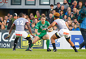 9th September 2017, Galway Sportsground, Galway, Ireland; Guinness Pro14 Rugby, Connacht versus Southern Kings; Matt Healy  (Connacht) looks for a way past Luzuko Vulindlu and Berton Klaasen (Southern Kings)