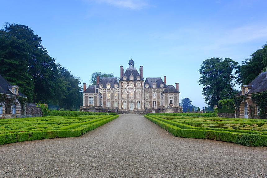 France, Calvados (14), Balleroy, château de Balleroy à l'aube // France, Calvados, Balleroy, castle of Balleroy at dawn
