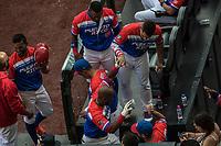 Ruben Gotay de los Criollos de Caguas de Puerto Rico celebra humerun en el quinto inning , durante el partido de beisbol de la Serie del Caribe contra llos Alazanes de Gamma de Cuba  en estadio de los Charros de Jalisco en Guadalajara, México, Martes 6 feb 2018.  (Foto: AP/Luis Gutierrez)