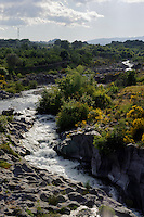 Fluss Alcantara bei Castiglione, Sizilien, Italien