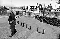 - la fabbrica di orologi LIP occupata e autogestita dai lavoratori (Besan&ccedil;on, luglio 1977)<br /> <br /> - the LIP clocks factory  self-managed by workers (Besan&ccedil;on, July 1977)