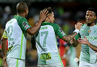 MEDELLÍN - COLOMBIA, 27-09-2017: Dayro Moreno (C) de Atlético Nacional celebra después de anotar un gol a Cortuluá durante partido por la fecha 16 de la Liga Águila II 2017 jugado en el estadio Atanasio Girardot de la ciudad de Medellín. / Dayro Moreno (C) payer of Atletico Nacional celebrates after scoring a goal to Cortulua during match for the date 16 of the Aguila League II 2017 at Atanasio Girardot stadium in Medellin city. Photo: VizzorImage/León Monsalve/Cont