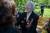Moscow, Russia, 09/05/2010..A well-wisher embraces a veteran in Gorky Park to celebrate Victory Day.