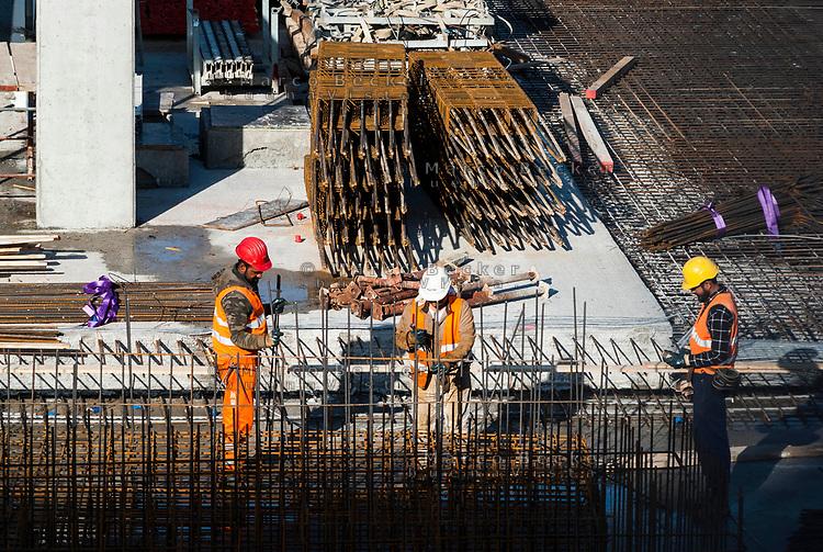 Milano, Lavoratori edili --- Milan, construction workers