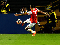 BOGOTA - COLOMBIA – 19 – 04 - 2017: Juan Roa, jugador del Independiente Santa Fe, en acción durante partido entre Independiente Santa Fe de Colombia y Santos de Brasil, de la fase de grupos, grupo 2, fecha 3 por la Copa Conmebol Libertadores Bridgestone 2017, en el estadio Nemesio Camacho El Campin, de la ciudad de Bogota. / Juan Roa, player of Independiente Santa Fe in action during a match between Independiente Santa Fe of Colombia and Santos of Brasil, of the group stage, group 2 of the date 3, for the Conmebol Copa Libertadores Bridgestone 2017 at the Nemesio Camacho El Campin in Bogota city. VizzorImage / Luis Ramirez / Staff.
