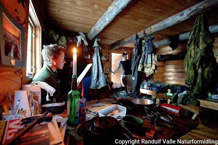 Inne i Ellenkoia i Pasvik. --- Inside Ellenkoia in Pasvik, Norway.