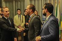 PORTO ALEGRE, RS, 11.04.2019 - EDUARDO BOLSONARO -  Eduardo Bolsonaro recebeu Medalha Mérito Farroupilha na Assembleia Legislativa do Rio Grande do Sul nesta quinta-feira, 11. (Foto: Naian Meneghetti/ Brazil Photo Press)