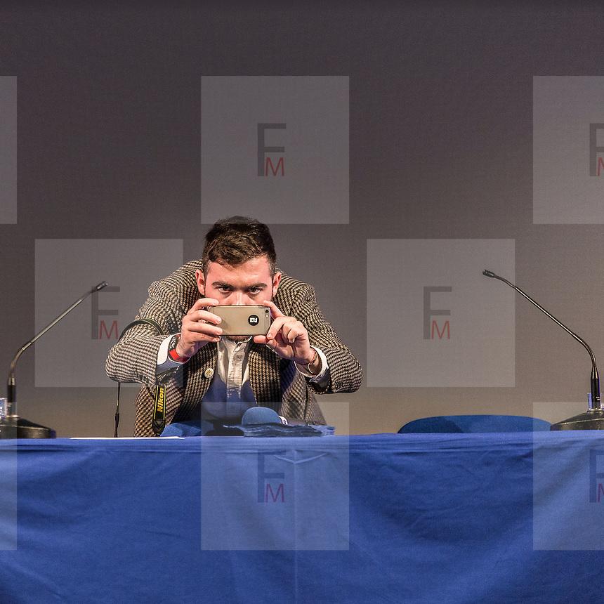 Incontro della ministra Maria Elena Boschi con gli esponenti italiani residenti a Londra del comitato del SI al referendum per la riforma costituzionale che si terr&agrave; in Italia il 4 dicembre prossimo.<br /> <br /> Meeting of the minister Maria Elena Boschi with the Italian members resident in London of the YES group for the referendum of the Italian constitution's reform that will be next 4 December.