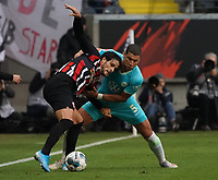 Goncalo Paciencia (Eintracht Frankfurt) gegen Jeffrey Bruma (VfL Wolfsburg) - 23.11.2019: Eintracht Frankfurt vs. VfL Wolfsburg, Commerzbank Arena, 12. Spieltag<br /> DISCLAIMER: DFL regulations prohibit any use of photographs as image sequences and/or quasi-video.